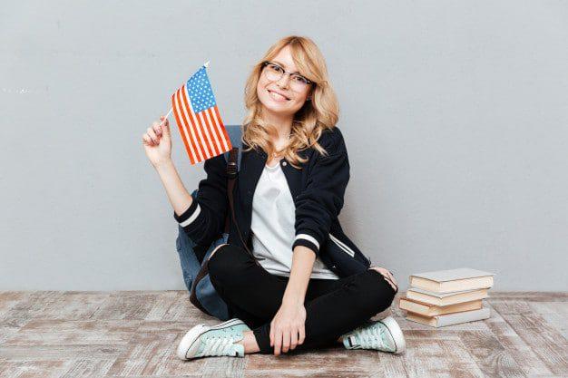 kobieta z flaga amerykanska